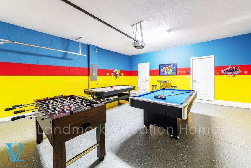 #28 Gameroom